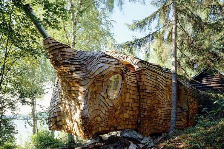 Dragspel House