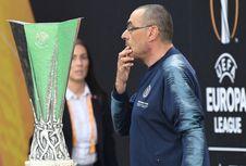 Sarri Beri Sinyal Tolak Juventus dan Bertahan di Chelsea