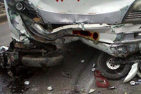 Truk TNI Bertabrakan dengan Sepeda Motor, Satu Orang Tewas