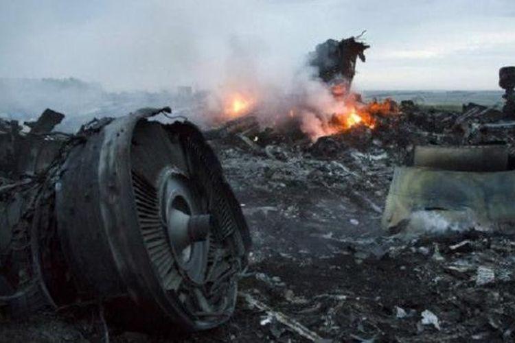 lima negara ajukan tuntutan atas penembakan pesawat mh17 halaman allpesawat malaysia airlines mh17 yang jatuh pada juli 2014 menewaskan seluruh 298 penumpang dan awaknya (bbc)