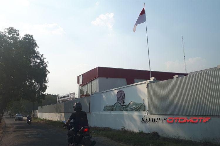 Pabrik Esemka di Boyolali masin tertutup rapat.