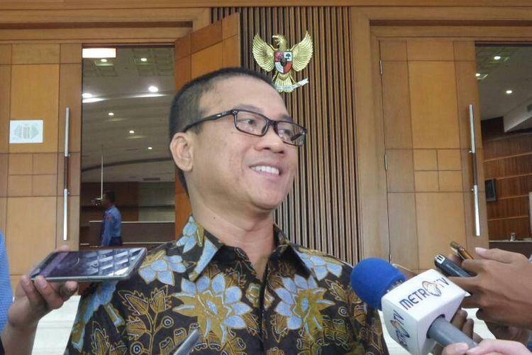 Ketua DPP Partai Amanat Nasional (PAN) Yandri Susanto di Kompleks Parlemen, Senayan, Jakarta, Selasa (6/6/2017).