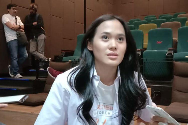 Sheryl Sheinafia menghadiri peluncuran poster dan trailer film Bebas di CGV fX Sudirman, Kuningan, Jakarta Selatan, Rabu (14/8/2019).