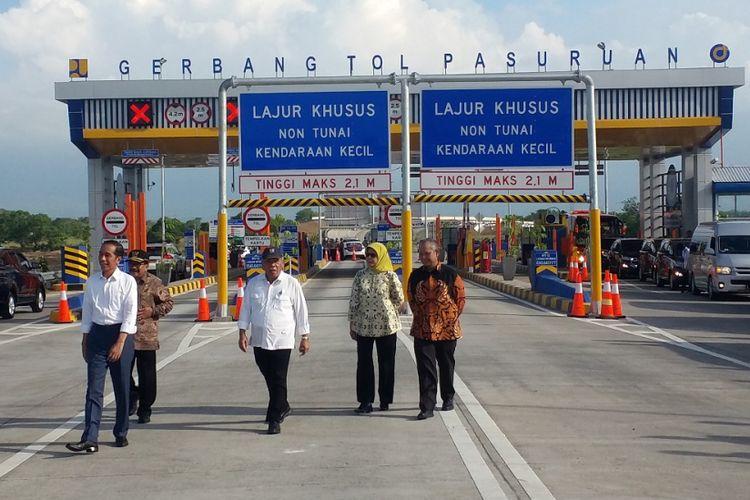 Peresmian Jalan Tol Rembang-Pasuruan yang dilakukan oleh Presiden Joko Widodo, Jumat (22/6/2018) di Pasuruan, Jawa Timur.