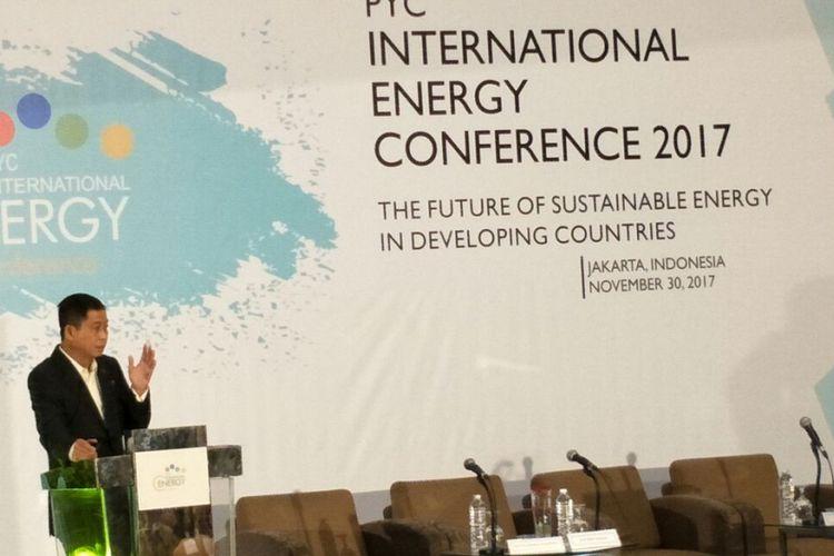 Menteri Energi dan Sumber Daya Manusia (ESDM) Ignasius Jonan saat menghadiri acara Internasional Energy Conference 2017 di Hotel Sari Pan Pacific Jakarta, Kamis (30/11/2017).