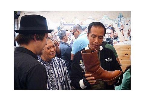 Cerita Presiden Jokowi dan Sepatu