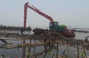 Ini Video dan Foto Kondisi Lautan Sampah Muara Angke Terkini...