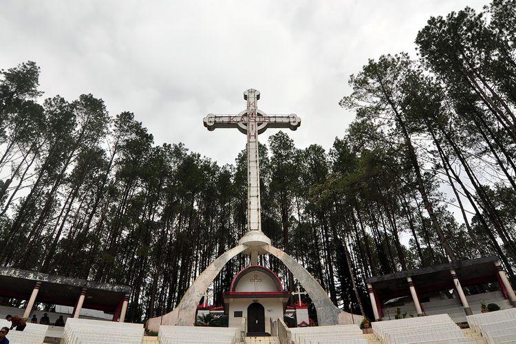 Salib Kasih, Monumen Misionaris Nomensen di Tapanuli Utara