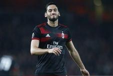 AC Milan Dikabarkan Akan Lepas Hakan Calhanoglu pada Januari 2019
