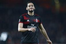 Hakan Calhanoglu Tepis Kabar soal Tinggalkan AC Milan