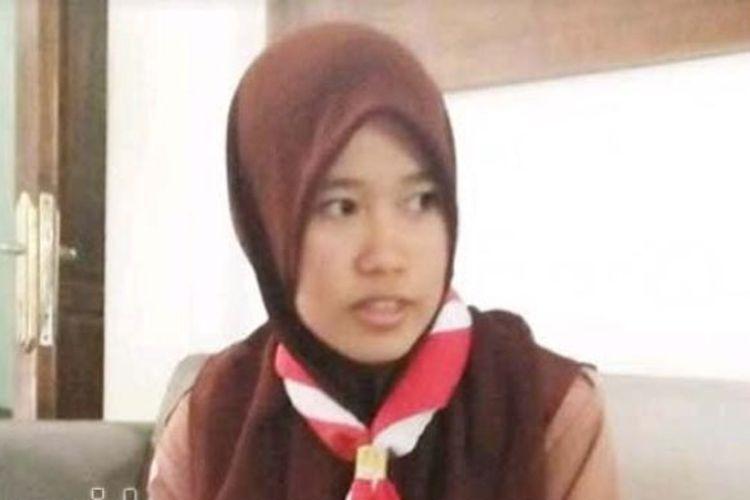 Fera Febiyanti, pelajar dari Jombang yang meraih nilai UNBK SMK Terbaik se-Jawa Timur.