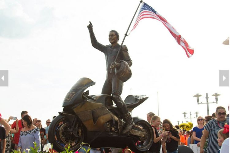 Patung Nicky Hayden diresmikan di Owensboro