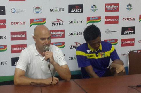 'Saya Respek kepada Arema FC, tetapi Mitra Kukar Menang Segalanya'
