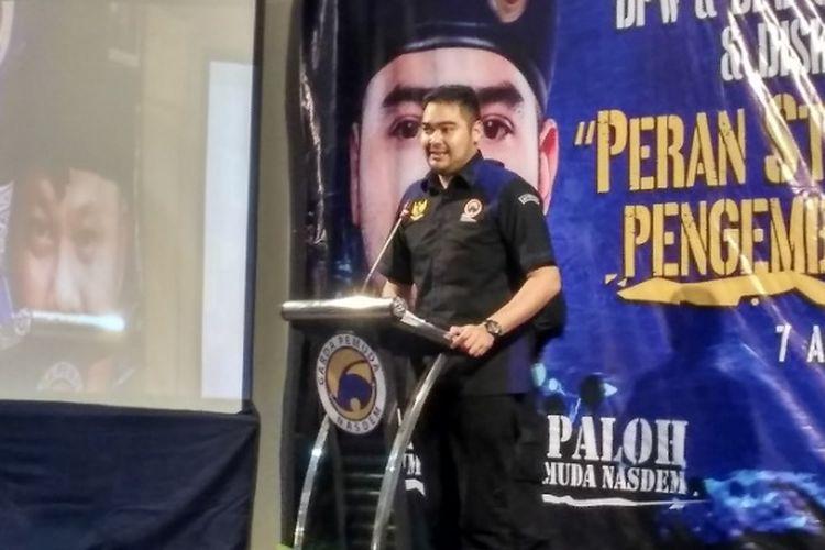 Prananda Paloh saat memberikan sambutan saat prngukuhan pengurus Garda Pemuda DPW NasDem Bali.