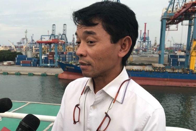 Direktur Armada PT Pelni Tukul Harsono saat diwawancarai di Pelabuhan Tanjung Priok, Jakarta Utara, Kamis (17/5/2018).