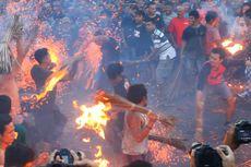 Perang Api, Tradisi Menyambut Nyepi di Lombok