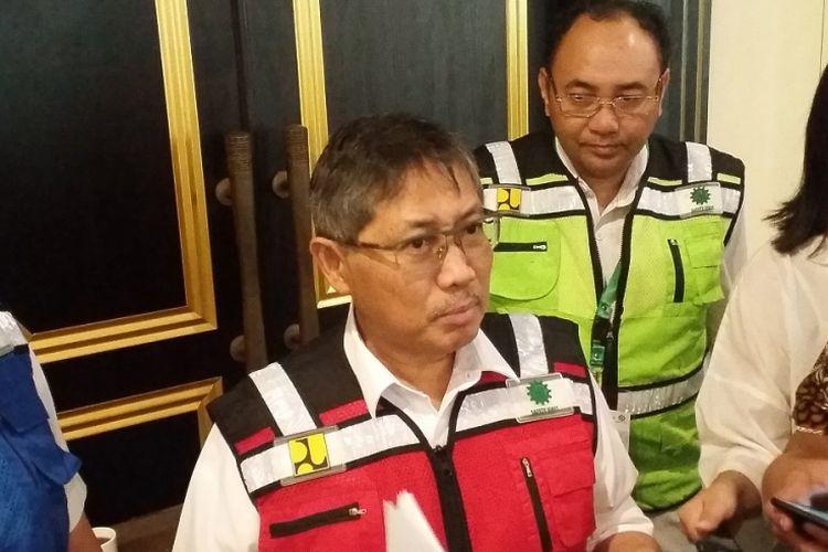 Direktur Jenderal Bina Konstruksi Kementerian PUPR Syarif Burhanuddin (rompi merah) dalam acara Penandatanganan Komitmen K3 Konstruksi dan Sertifikasi Ahli K3 Konstruksi Batch II, Rabu (25/7/2018) di Jakarta.