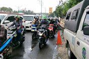 Dipompa, Genangan di Jalan Mampang Arah Kuningan Surut