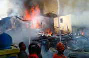 Kebakaran Ludeskan Belasan Rumah di Samarinda