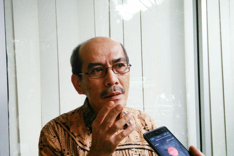 Ekonom senior dari Institute for Development of Economics and Finance (INDEF) Faisal Basridi Kantor Himpunan Kerukunan Tani Indonesia, Jakarta, Jumat (17/3/2017).