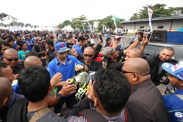 Andrea Iannone yang turut hadir di pesta bike Suzuki di Sentul, Bogor, Jawa Barat, Sabtu (3/2/2018).