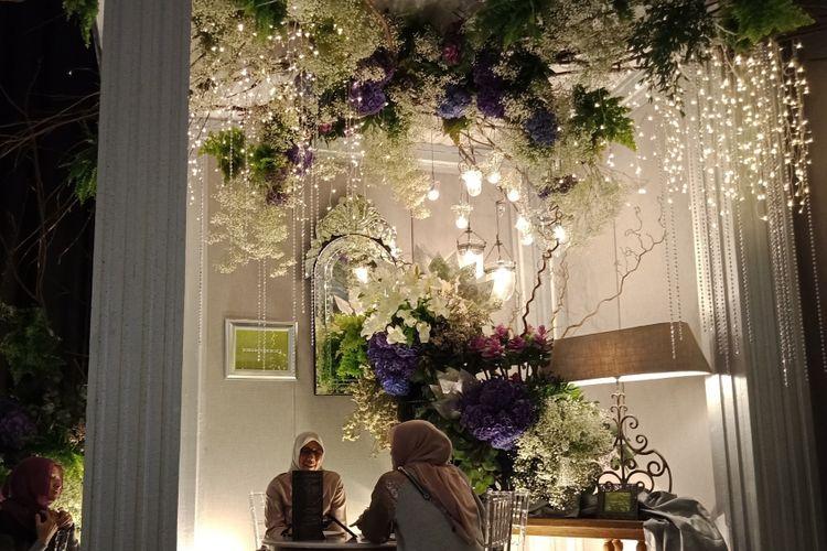 Salah satu stand dalam Bridestory Fair 2018 di Grand Ballroom Sheraton Grand Gandaria City Hotel, Jakarta.