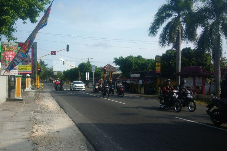 Perempatan Gading, Playen, titik temunya jalur alternatif dengan jalur utama Yogyakarta-Wonosari.