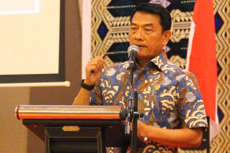 Kepala Staf Presiden Moeldoko dalam diskusi publik bertema Pemenuhan Hak-hak Disabilitas di Mataram, Kamis (26/4/2018), bersama 200 penyandang disabilitas kawasan Indonesia Timur, Bali, NTT dan NTB, aktivis dan mahasiswa peduli disabilitas.
