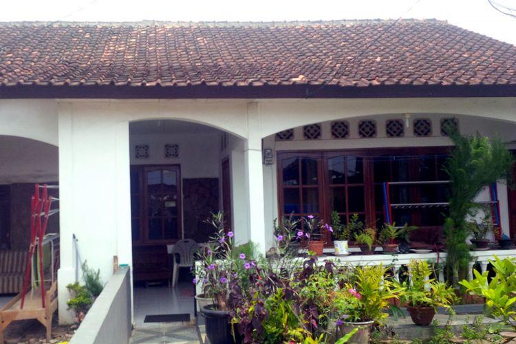 Bagian rumah tersisa milik Hendrik Brocks setelah direhab pada 2017 di Sukabumi, Jawa Barat, Kamis (30/8/2018). Sebelumnya rumah peninggalan keluarganya itu nyaris ambruk.
