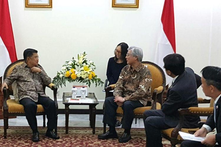 Wapres Jusuf Kalla menerima Takasi Niino-President & Chief Executive Officer NEC Corporation Japan di Kantor Wapres Jalan Medan Merdeka Utara Jakarta Pusat, Senin (3/9/2018)