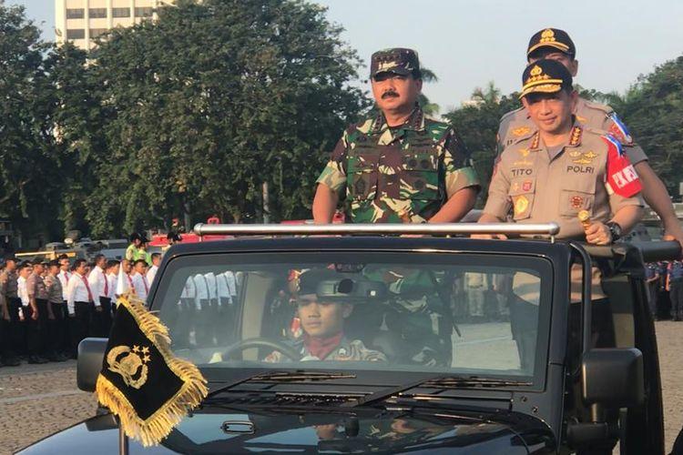 Polri beserta TNI mengadakan apel gelar pasukan Operasi Ketupat 2019 dalam rangka pengamanan Hari Raya Idul Fitri, di Lapangan Silang Monas, Jakarta Pusat, Selasa (28/5/2019).