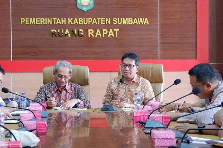 Kemenko PMK Dengar Laporan Pembangunan Hunian Pasca-gempa dari Bupati Sumbawa