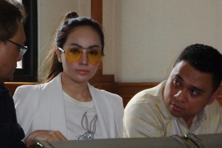 Cinta Ratu Nansya di Pengadilan Agama Jakarta Selatan, Senin (12/3/2018).