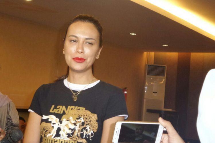 Sophia Latjuba menghadiri jumpa pers pertunjukkan teater berjudul Langit 7 Bidadari di Grand Kemang, Jakarta Selatan, Kamis (17/5/2018).