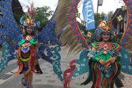 Kostum Seberat 5 Kg 'Warnai' Borobudur Marathon 2018