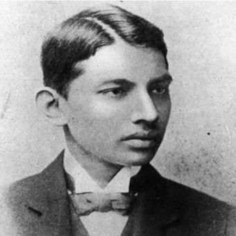 Mahatma Gandhi. (culturalindia.net)