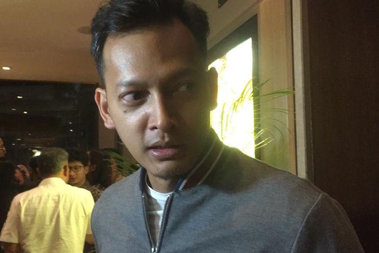 Fedi Nuril saat menghadiri special screening film Bumi Manusia bersama sejumlah artis di XXI Epicentrum, Kuningan, Jakarta Selatan, Senin malam (12/8/2019).