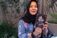 16 Buku Kisah Hantu Karya Risa Saraswati Akan Diangkat ke Layar Lebar