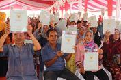 Masyarakat Riau Terima 6.000 Sertifikat Tanah