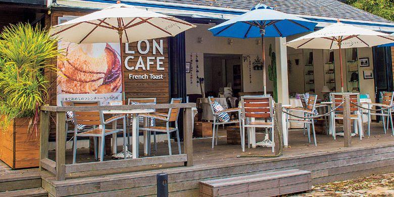 LONCAFE Shonan Enoshima di Jepang ini terkenal sebagai pelopor kafe yang khusus menjual French Toast.
