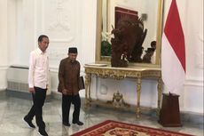 Bertemu di Istana, Jokowi Jemput Habibie di Holding Room