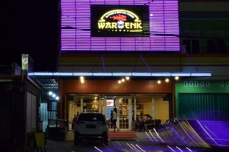 Waroenk Seafood and Oriental Cuisine, Jalan Veteran 18, Fatululi, Kupang, NTT, Sabtu (13/4/2019).