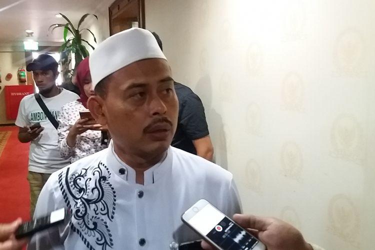 Ketua Presidium Alumni 212, Slamet Maarif di Kompleks Parlemen, Senayan, Jakarta, Senin (25/9/2017).