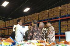Kunjungi Bulog, Jokowi Pastikan Stok Beras Aman