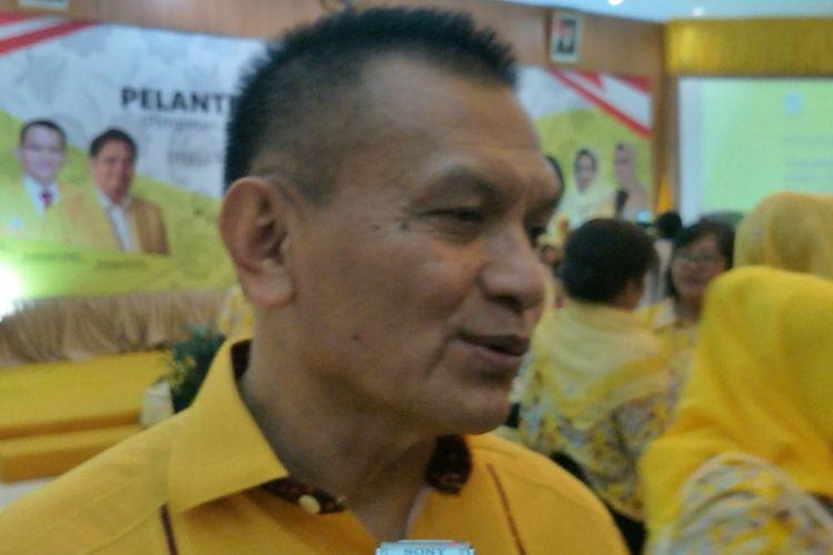 Sekjen Partai Golkar Lodewijk Freidrich Paulus saat ditemui di kantor DPP Partai Golkar, Slipi, Jakarta Barat, Minggu (18/3/2018).
