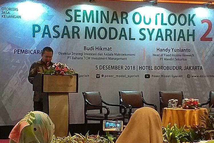 Kepala Eksekutif Pengawas Pasar Modal Otoritas Jasa Keuangan (OJK) Hoesen saat memberi sambutan di Jakarta, Rabu (5/12/2018).