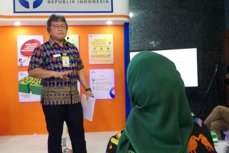 Komisioner Ombudsman Alvin Lie dalam sesi diskusi di Ombudsman, Jakarta, Kamis (10/1/2019).