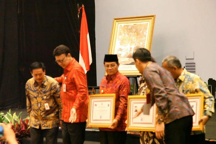 Penghargaan bagi pegiat kepustakaan dalam Rakornas Bidang Perpustakaan pada 14-16 Maret 2019 di Jakarta.