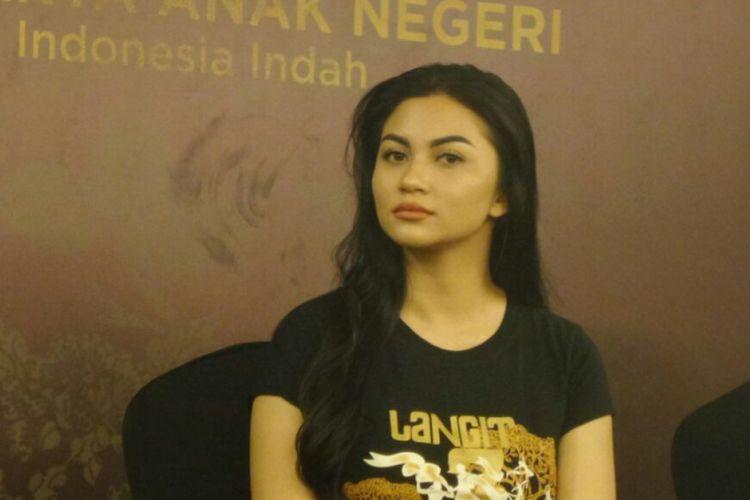 Ariel Tatum menghadiri jumpa pers pertunjukan teater berjudul Langit 7 Bidadari di Grand Kemang, Jakarta Selatan, Kamis (17/5/2018).