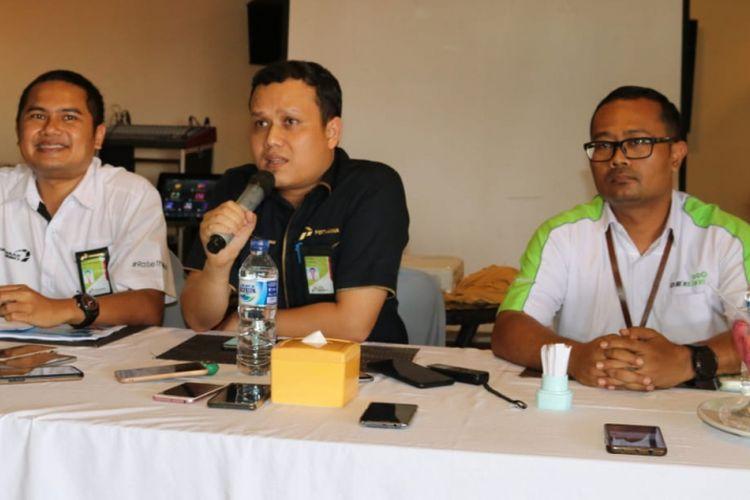 GM MOr VIII PT Pertamina (Persero) , Iin Febrian, memberikan keterangan pers kepada wartawan di Kota Jayapura.